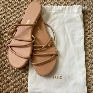Tkees Sloan Slides Nude Size 9